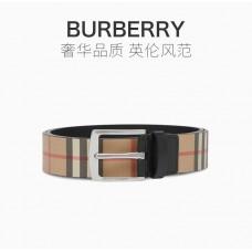 BURBERRY男士格纹腰带